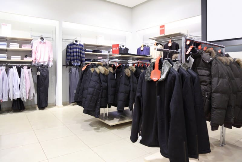 какие в запорожье есть интернет магазины зимней верхней женской одежды