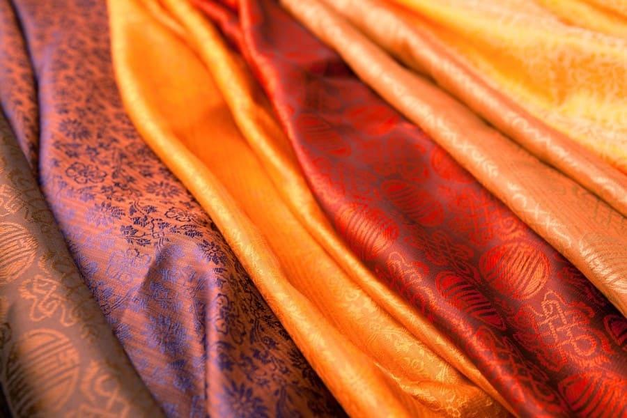 Натуральные ткани. Шелк, лен, хлопок и шерсть. Обзор