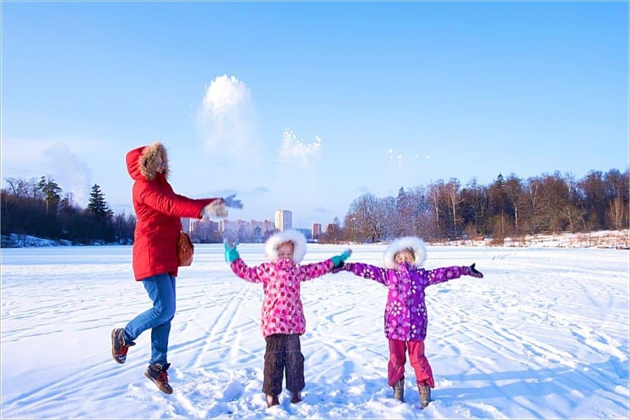 Укутай маму потеплее! Или что надеть на прогулку с ребенком
